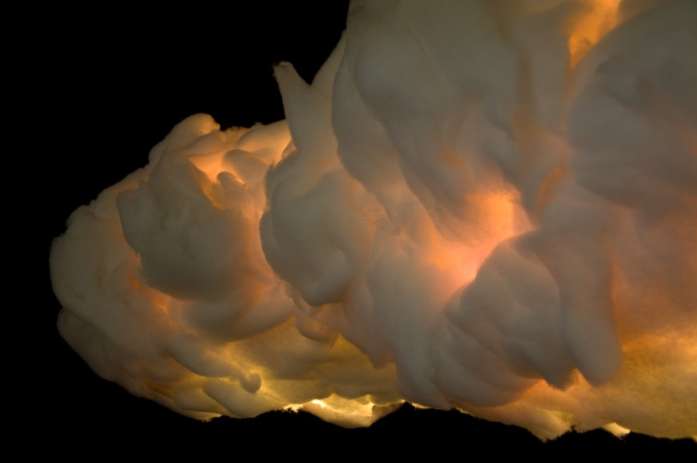 Close-up cloud light